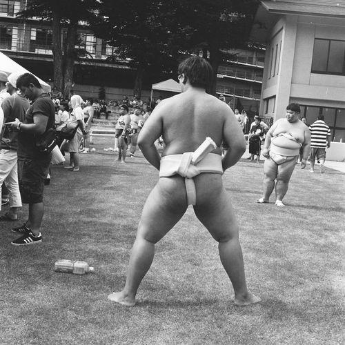 Gunner Analogue Photography BIG Film Balckandwhite Big Guy Day Film Photography Filmisnotdead Grass Group Of People Ilford Mediumformat Men Outdoors Real People Rolleiflex Sumo Sumowrestler