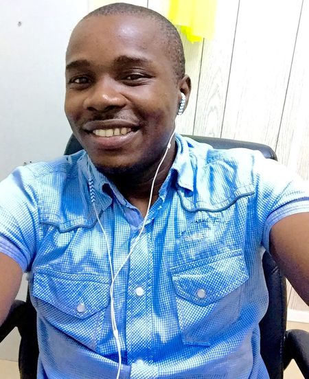 Work Flow That's Me Taking Photos What Does Peace Look Like To You? Selfie ✌ Mywakeupplan Cheers!!