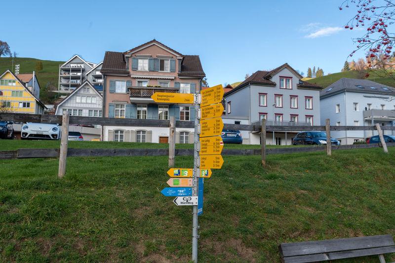 Alpenpanorama Weg Appenzell Appenzellerland Autumn Hills Switzerland Singpost Wegweiser  Urnäsch Building