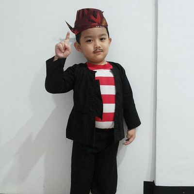 Sakerah... Sakerah Madura Razan Nephew  cuteboy smartboy kartini kartiniday indonesia budaya culture