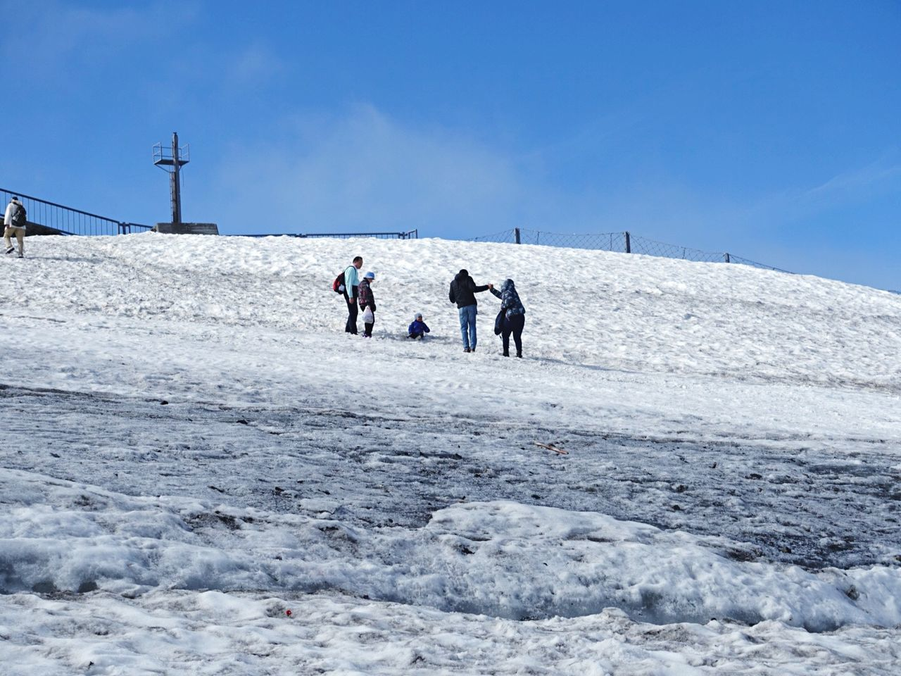 real people, winter, nature, snow, cold temperature, outdoors, walking, day, sky, lifestyles, leisure activity, men, beauty in nature, adventure, togetherness, salt - mineral, people