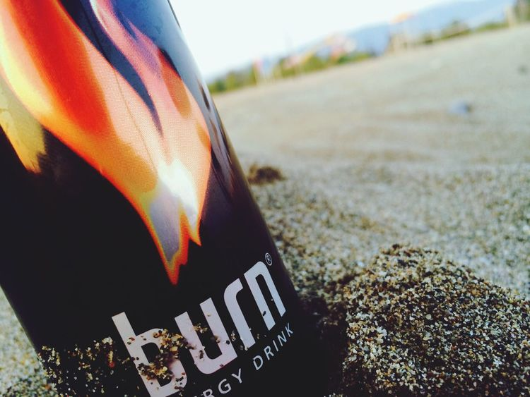 Burn Energy Drink Beach 😎