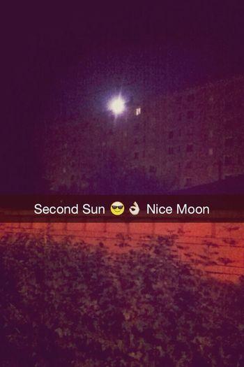 Lune Lumineuse magnifique tout ça ! ENJOY !
