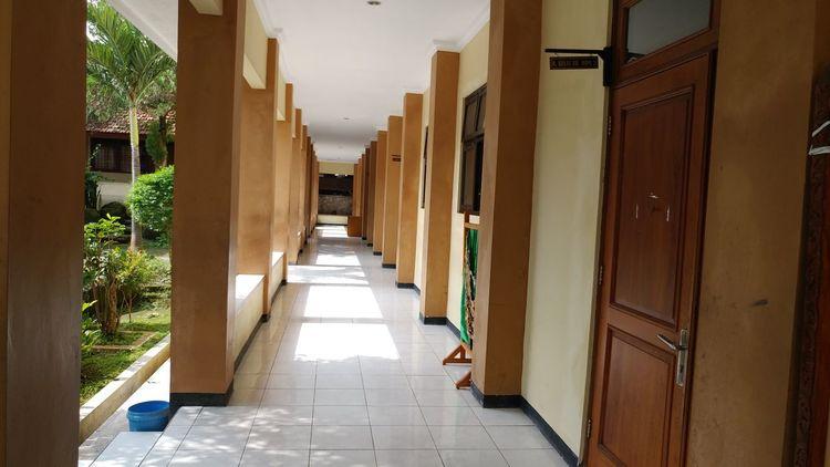 EyeEm Selects Sekolahberprestasitinggi SMA Smaku