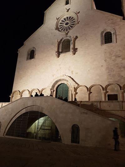 Trani Tranibynight S7flat Cattedrale Yellaspuglia Italy Apuglia Visititalia Italian_places Museum Religion Indoors