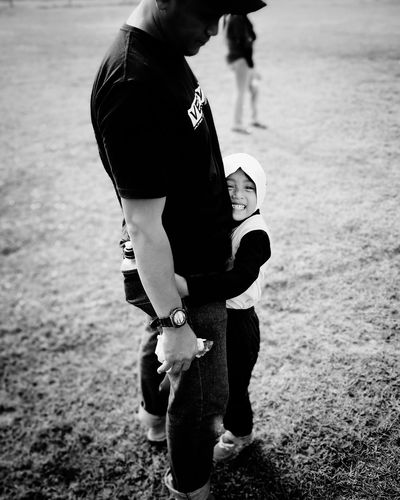 Luv you dad EyeEmNewHere EyeEm Gallery Girl EyeEm Best Shots Father And Daughter Fatherhood Moments #photography #bnw #blackandwhite Child Childhood Full Length Men Togetherness