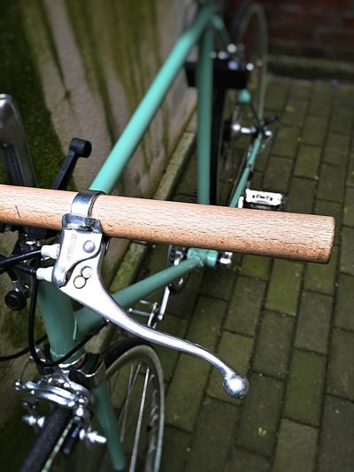 Wooden Bar Bike Fixie Take Photos Photography EyeEm Gallery Photography In Motion Things I Like Eyem Gallery Iphone6plus Taking Photos From My Point Of View Old Things Vintage Wood Streetphotography Bicycle Continental Bike Wooden Bar Bike
