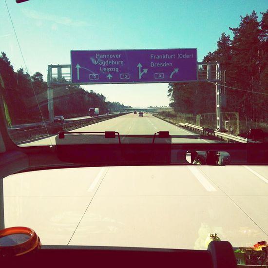 yay, mit'm panorama-bus ganz vorne ab nach Sachsen :D
