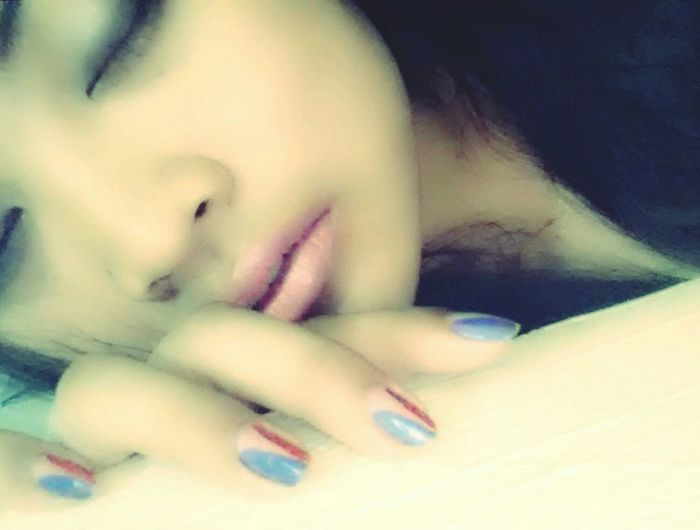 Hotlook Seductive Thatlook That Lips Hotpose That's Me Nails