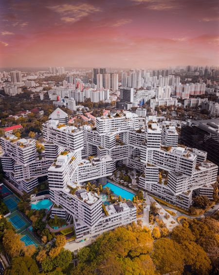 Interlaced. Droneoftheday Airvuztravel Architecture Modern Architecture Singapore Drone  Dronephotography High Resolution Drone  Aerial Photography DJI Mavic Pro Dji Skyline Cityscape City Skyscraper Sunset Urban Skyline Business Finance And Industry High Angle View Modern Sky Close-up Urban Sprawl District Aerial View Settlement