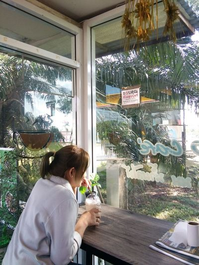 Coffee Time Coffee Shop Rexaling Happy Time Window Day Indoors  One Person People Water