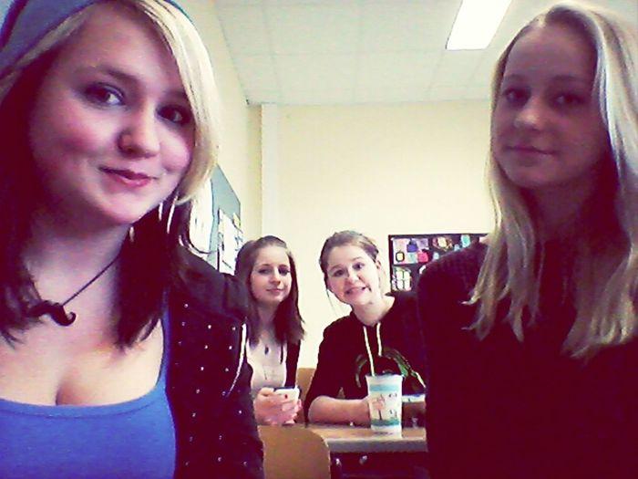 School :3