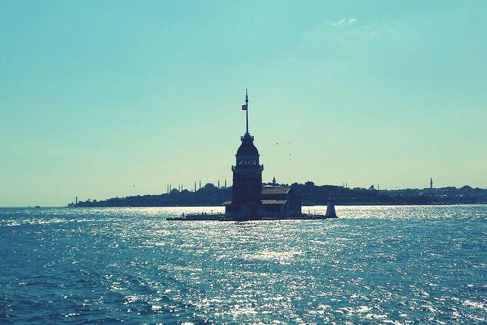 Kızkulesinekarşı Üsküdar Kız Kulesi Istanbul Turkey Istanbul City Istanbulbogazi yakından ayrı bi güzelsin 😍😍💕