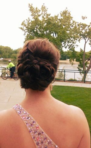 When you pay 125$ to get your hair done for prom WorthItThough Prom Promhair Cute Lotsofmoneyspent