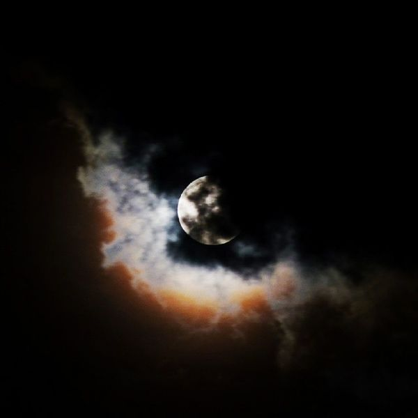Mond Mondfinsternis Nachthimmel Wolken