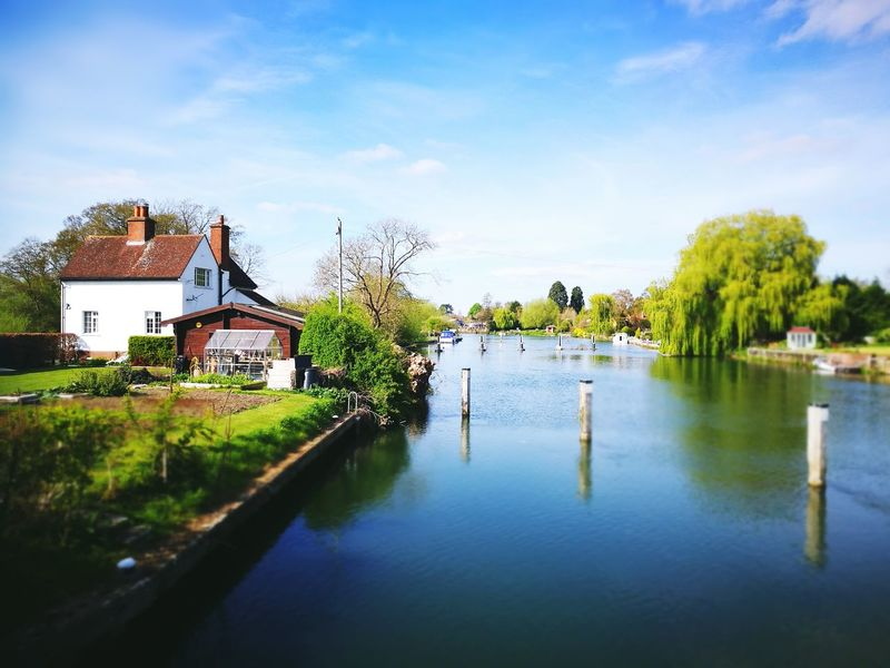 Wonderful day walking down the Thames in Oxfordshire. Outdoors Nature Water Day Sky Beauty In Nature No People Thames Path Thames River Side Oxfordshire UK