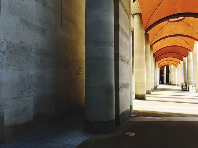 Lights Lines And Shapes Architecture Architectural Column Corridor In A Row The Way Forward Indoors  Empty Built Structure No People Pillar Colour Your Horizn