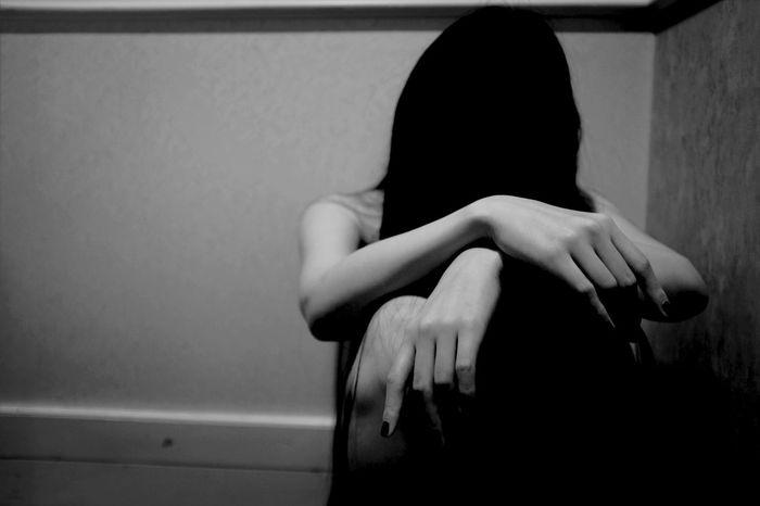 Monochrome Blackandwhite Shadow Woman