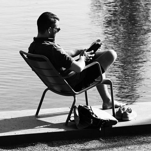 Cophenhagen Men Learn Water Black White Monochrome Chair Picture