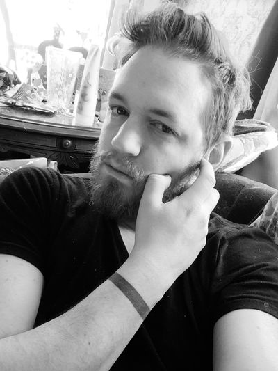 Taking selfies all day, about to look through my photos from out west and share those. Fashion Hair Beard Tattoo Selfie Self Portrait Chilling Bored That's Me Blackandwhite