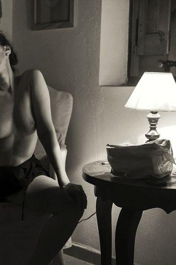 ¿La idea de pasar la noche conmigo te hace el hombre más feliz del mundo, miraflorino? Te lo pregunto, para que me digas una de esas huachaferías que tanto te gusta decirme.» Las travesuras de la niña mala Indoors  Women Only Women Frases Amb Anima Un Dia Més Esloquetienenlasmadrugadas For You Dear My Point Of View Projecte Invers 30