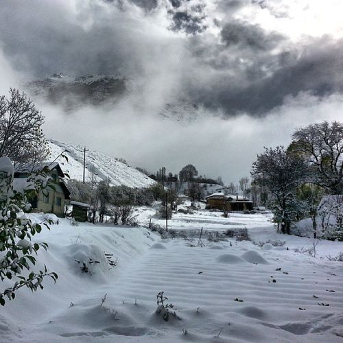 Snow Iran Shahsavar 3000valley shahrestanmountainnaturevillagepeaktree