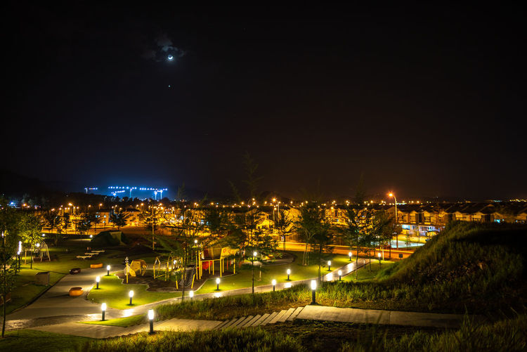 Moon and Venus conjunction over Puncak Alam Light Pollution Moonlight Photography Nightphotography Venus Conjunction Moon And Venus Hill Illuminated Lowlightphotography Moon Moonlight Moonlightscape Nature Night No People Outdoors Planet Plant Sky Stargazing