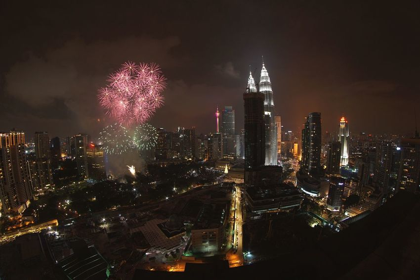New Year 2017 Kuala Lumpur Fireworks Firework Display Kuala Lumpur City Centre Klcc Fireworks Petronas Twin Towers KL TOWER ExxonMobil Menara Exxonmobil Architecture City Skyscraper Cityscape Urban Skyline Tower New Year 2017 Fireworks The City Light The Great Outdoors - 2017 EyeEm Awards