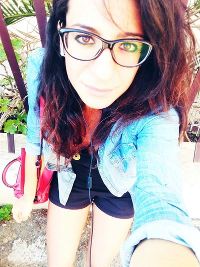 Glasses Glassesgirl Self Portrait Follow Me Selfportrait Eye4colors Morning Go To University Goodvibes That's Me