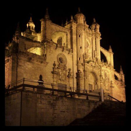 Catedral de Jerez, q bonita esta con esa iluminación