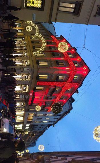 Cartier, Milano, via Montenapoleone Illuminated City Milano Fashion