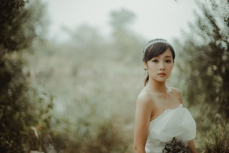 Beauty Bride Day Girls Nature One Girl Only One Person Outdoors People Portrait