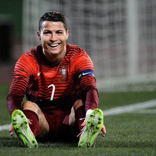 Cr7 Ronaldo Ronaldo7⃣ Smile CR CristianoRonaldo Cristiano CristianoRonaldo Football Ilovecr7 Like