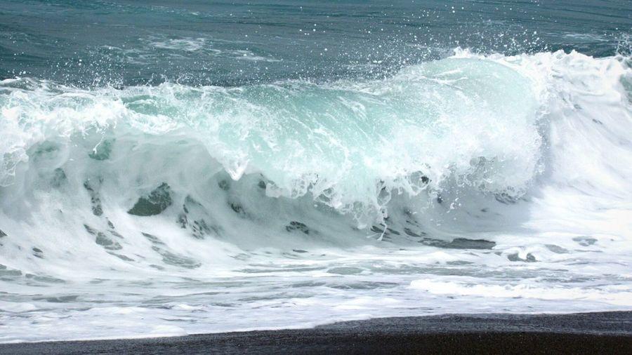 Blue Wave Sand