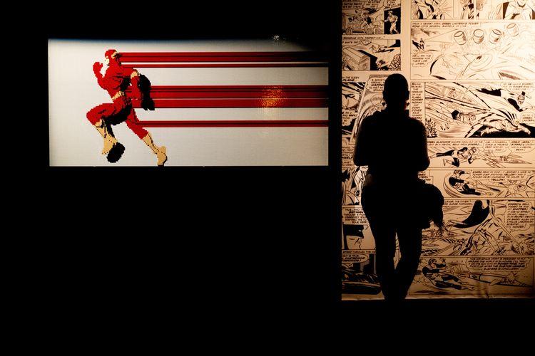 Paris La Villette Exhibition The Art Of The Brick Nathan Sawaya LEGO Superhero Flash Comics Marvel Silhouette Light And Shadow Woman ArtWork Family Outing From My Point Of View EyeEm Best Edits EyeEmBestPics Eye4photography  EyeEm Best Shots Red Representation Standing