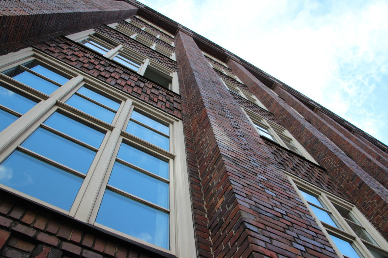 building exterior, architecture, window, low angle view, built structure, day, outdoors, no people, sky