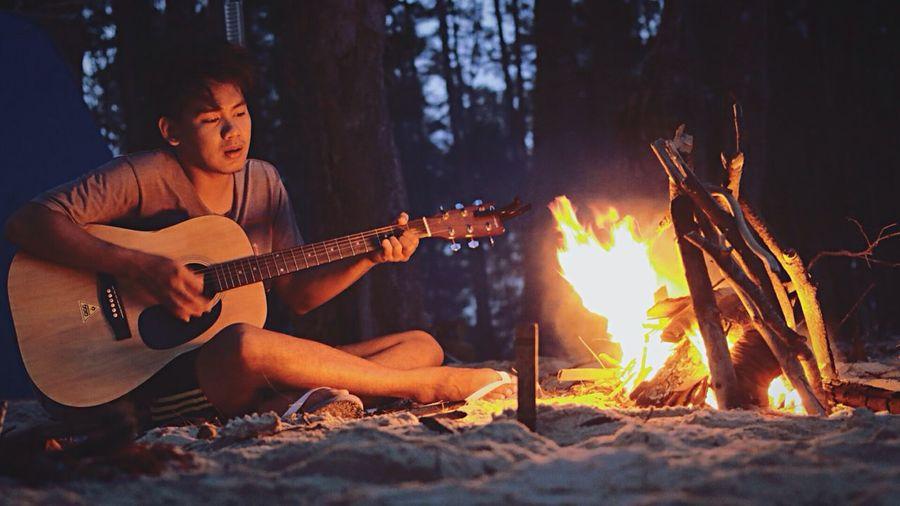 Camping Campfire Guitar Nature Love Enjoying Life YOLO ✌