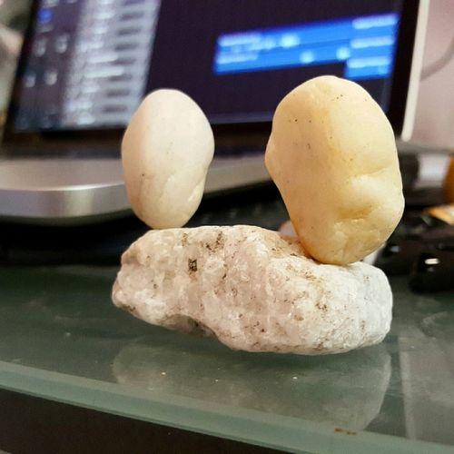 Rockbalancing Rockstacking Balance Abstractart Art Stonebalacing Officelife Artistic Expression Energywork Grounding