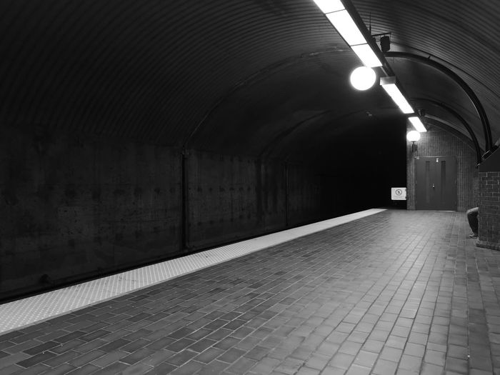 🚆 Knees Knee Legs Shoes Pants And Shoes >> Pants Metro Station Montreal Metro Metro Station Sitting Alone Waiting For The Metro Speed Subway Train City Subway Station Tunnel Arch Architecture Built Structure Underground Walkway Underground Subway Ceiling Light  Passenger Train Commuter Train