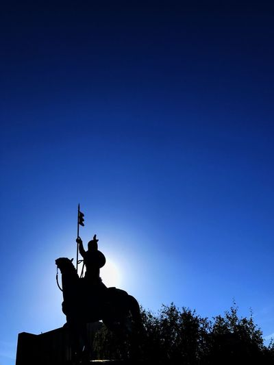 Statue Sculpture Silhouette Clear Sky Outdoors Sky Day