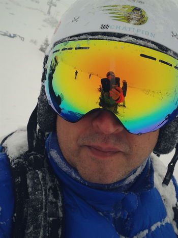 Having a good time in Ponte Di Legno Passo Tonale Italy.Snowing all day long :-) Ski Reflection Reflected Glory Snowmask Pow