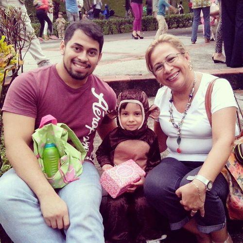 KinderAmiguitos con Tío Erick y Mayita