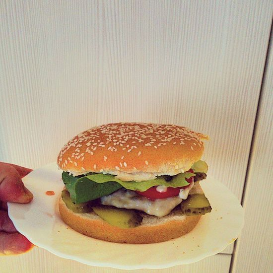 Yeap! Foodporn Selfmade Offline Ineedtorunafterthis mienso burger omnomnom fhujhasztagow