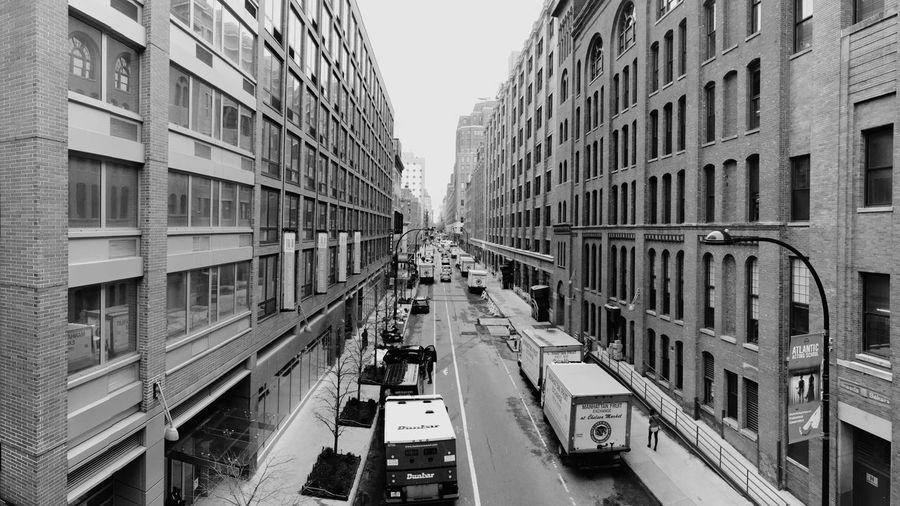 Vanishing Point Architecture New York EyeEm Masterclass Street Photography Streetphotography EyeEm Best Shots The Best Of New York Open Edit Blackandwhite