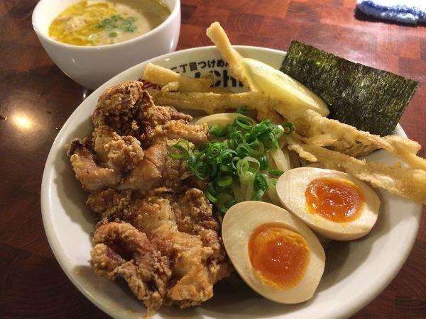 鶏塩つけ麺デラックス