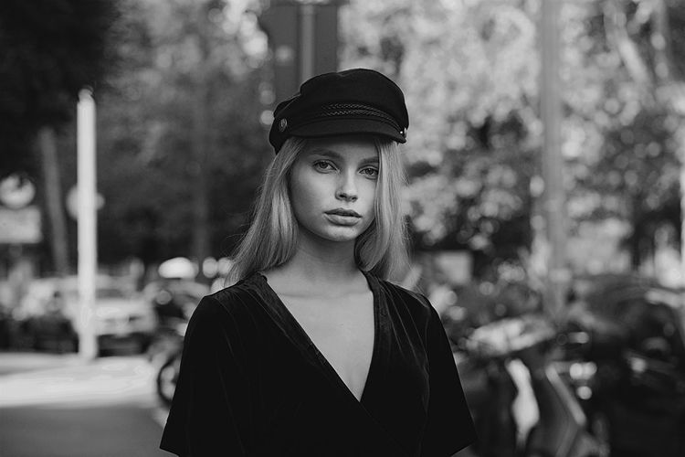 Portrait Blackandwhite Model Fashion Adult One Person Young Adult Adults Only One Woman Only Front View Only Women People Beautiful Woman Outdoors Young Women Beauty Headshot One Young Woman Only Day