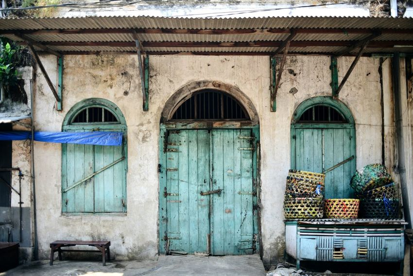 Old building in Surabaya, East Java, Indonesia. Door Day Architecture Built Structure Outdoors No People Building Exterior Old Buildings City Old Town Old Building  Old Architecture Architecture House Surabaya INDONESIA