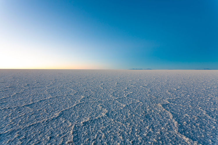 Salar de Uyuni landscape, Bolivia Blue Sky Scenics - Nature Tranquil Scene Tranquility Beauty In Nature Environment Day Copy Space No People Nature Outdoors Salar De Uyuni Uyuni Uyuni Salt Flat Uyuni, Bolivia Bolivia Bolivia Uyuni Salt Flat Land Landscape Landscape_Collection Landscape_photography Salt - Mineral