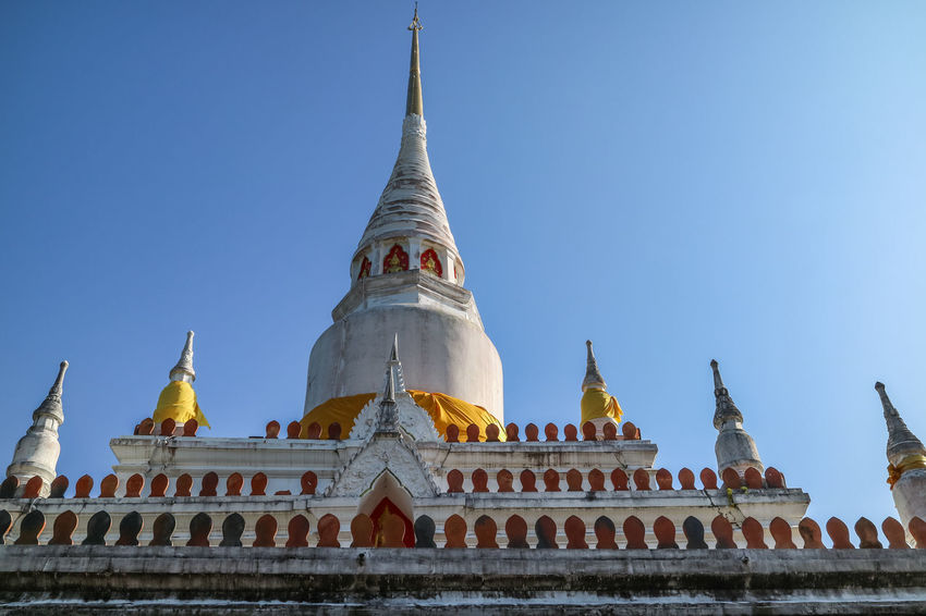 pagoda Province Thailand Sacred Sanctuary Stupa Wat Songkhla Praditsathan Chedi Phakho Songkhla Thailand Songkhla Province Buddhist Temple Buddhist Pagoda Architecture Religion History Pagoda Business Finance And Industry Travel Destinations Ancient Outdoors No People Gold Sky