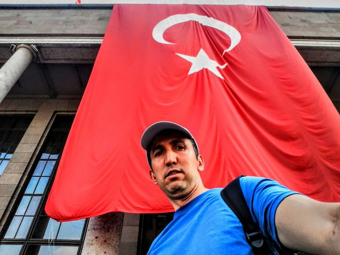 NeMutluTurkumDiyene Ankara/turkey Ankaratrengari BayrakSereftir Bayrakinmez